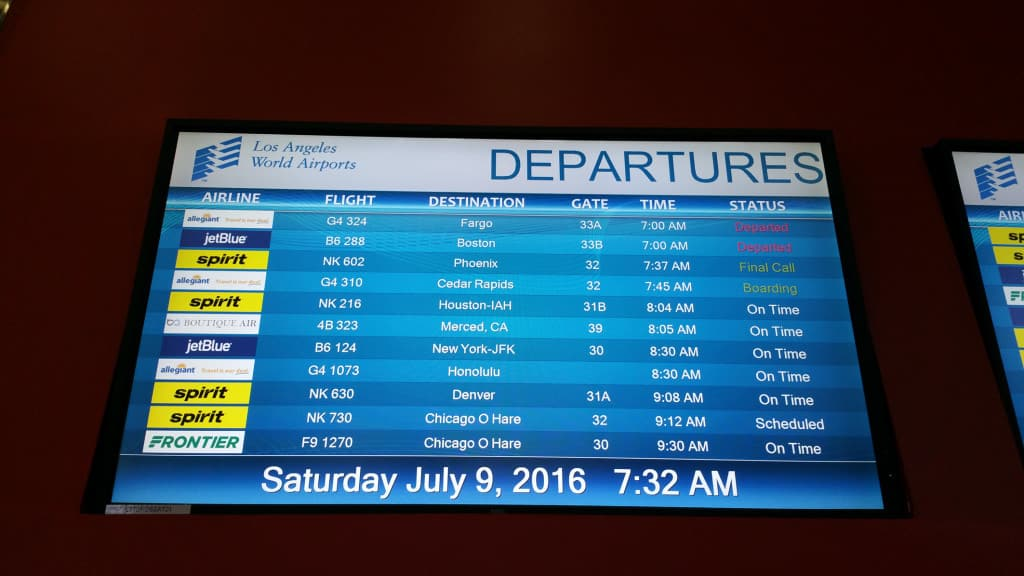 Discount-Airlines-Allegiant-Airlines-monitor